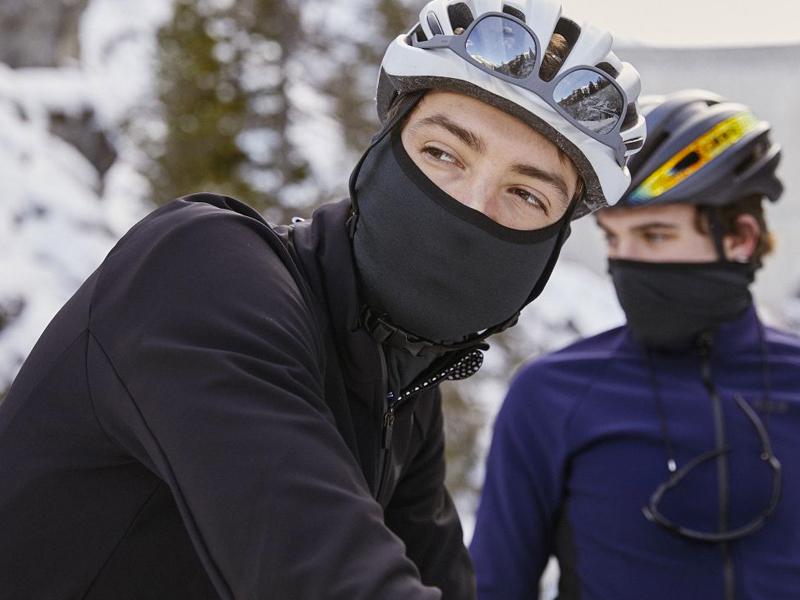 Ciclismo d'inverno e outfit adeguato per pedalare al freddo. Moretti Bassano.